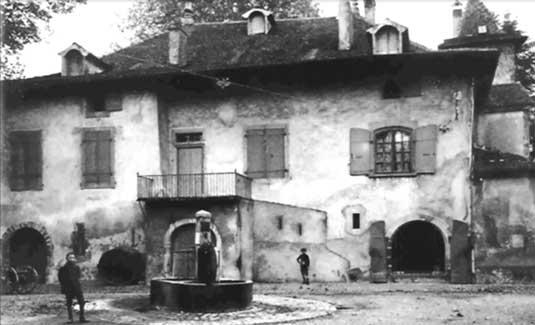 Au XXème siècle le Manoir s'ouvre aux visiteurs pour des manifestationsculturelles